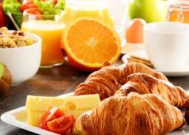 brunch & breakfast franchise restaurant/...
